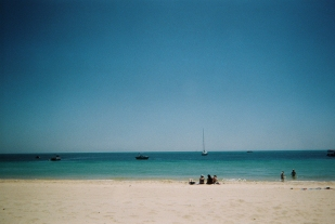16-12-02-fujifilm-disposable-27exp-400-iso-tangalooma-disposable-diary-being-erin5-copy