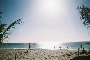 16-12-02-fujifilm-disposable-27exp-400-iso-tangalooma-disposable-diary-being-erin6-copy