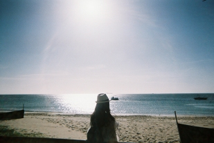 16-12-02-fujifilm-disposable-27exp-400-iso-tangalooma-disposable-diary-being-erin7-copy