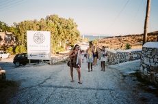 28. Punda Beach Bar - Paros copy