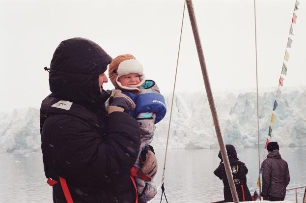JESSA_G_13_INDISPOSABLECONCEPT_24_SvalbardBurton_2019_Chris+Koa