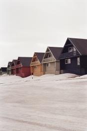 JESSA_G_13_INDISPOSABLECONCEPT_36_SvalbardBurton_2019_Longyearbyen