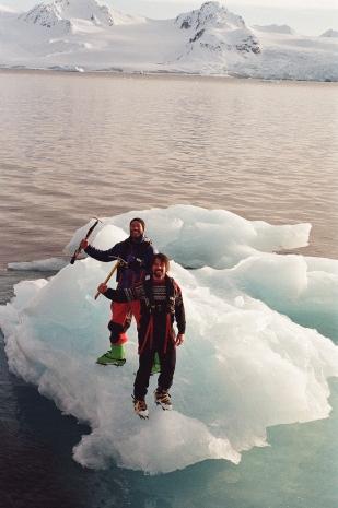 JESSA_G_13_INDISPOSABLECONCEPT_46_SvalbardBurton_2019_Vegar+Andreas